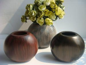 China Painted Round Ball Artificial Decorative Flower Vase For Party supplier