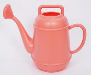 China Plant Garden Watering Tools Shatterproof Plastic Capacity 12L Watering Can on sale