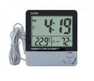 China Indoor Automatic Digital Thermo - Hygrometer With Probe AAA Battery For Office on sale