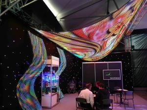 China High Definition Advertising Soft Flexible Led Display P4 Led Screen For Media Facade on sale