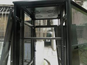 China New mesh door server cabinets server racks on sale