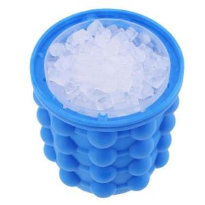China Multi Functional Silicone Ice Cube Maker Food Grade Ice Buckets Saving Space on sale