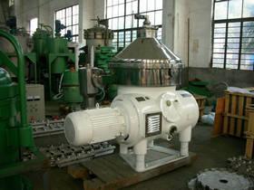 China Cream Separator Machine Pressure 0.05Mpa Used Milk clarifier,Juice Separator on sale