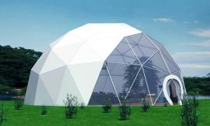 China 4 Persons Outdoor Clear PVC Igloo Dome House Living Geodesic Tent For Sale on sale