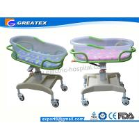 Transparent PP Mobile Hospital Baby Bed / Cot / Crib for infant with music display