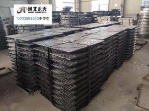 China ductile iron manhole covers and pipe and fittings supplier