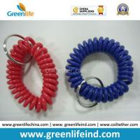 China Llavero azul rojo sólido de la bobina de la identificación de la banda de la correa para la muñeca de las ventas calientes on sale