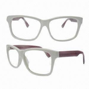 China Wayfarer Handmade Acetate Eyeglass Frame, Suitable for Women on sale