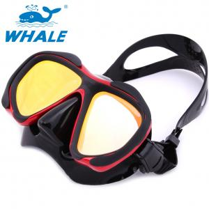 China Red Womens Dive Mask , Professional Diving Goggles With POM Material Side Button on sale