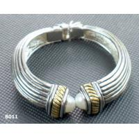 Rhodium Color Charming Copper Alloy Beaded Metal Bangles for Anniversary