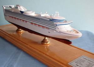 China Handmade Princess Cruise Ship Models With Offset Printing Hull Logo Printing on sale