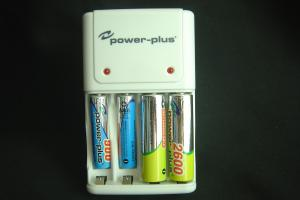 China Best Standard Nicd Nimh aa/aaa rechargeable batteries Charger BC-1010 on sale