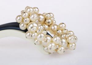China Women's Costume Pearl Bangle Bracelets Wedding Jewelry For Bridesmaids on sale