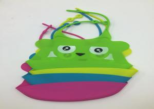 China Factory direct wholesale food grade custom waterproof silicone baby bib on sale