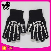 New Products Funny Halloween Props 32g 17*8 cm Decration Luminous Kids Touch Screen Light Glowing Winter Knitting Gloves