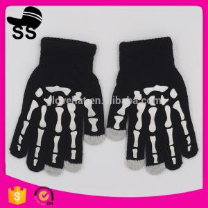 China New Products Funny Halloween Props 32g 17*8 cm Decration Luminous Kids Touch Screen Light Glowing Winter Knitting Gloves on sale