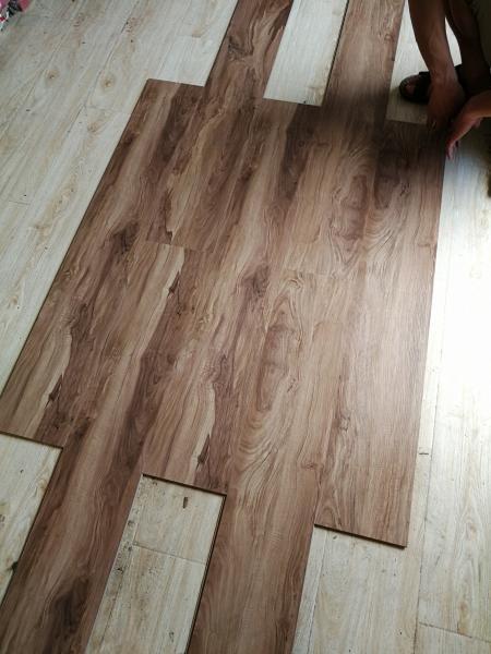 800400 Cheap With High Quality Parquet Style Laminate Flooring For
