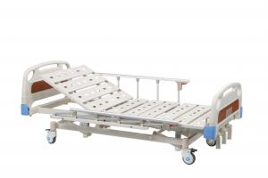 China Al - Alloy Handrails Manual Hospital Bed With 4 Double - Side Silcent Wheels on sale