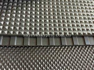China Pyramid Floor Matting Rubber Sheet Roll SBR NR NBR EPDM Acid Resistance on sale