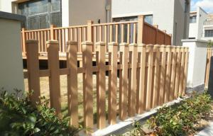 China Durable Solid Plastic Garden Fence Panels , Balcony / Corridor Composite Wood Fence Boards on sale