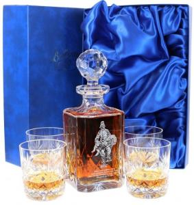 China customized whiscky wine decanter set gift packaging box with satin on sale
