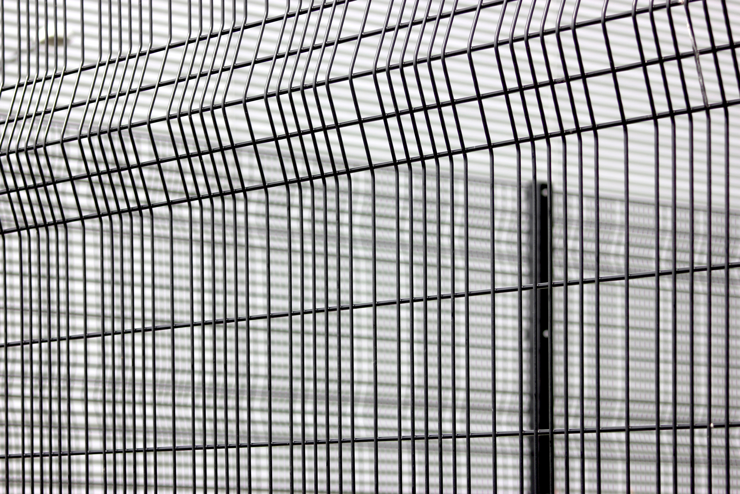 358 prison security fence,358 Fence 76.2 x 12.7mm wire mesh fence ...