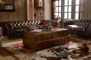China Wooden Legs With Wheels Soft Kingston Chesterfield Leather Sofa By Handwork Craft supplier
