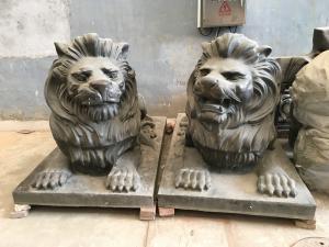 China Entrance Outdoor Metal Sculpture Cast Bronze Metal Lion Statue on sale