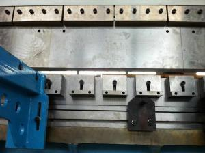 China Metal Plates CNC Hydraulic Press Brake With DELEM DA52 8000KN on sale