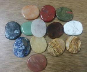 China mixed color semi-precious stone supplier