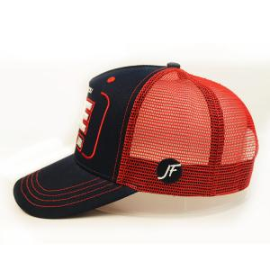 China Customized Size  Snapback Hats , Mesh Trucker Cap 3d Embroidered on sale