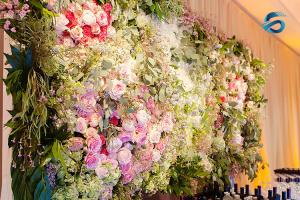 China Romantic Colorful Artificial Wall Flowers 40*60 Centimeter Long Lasting on sale