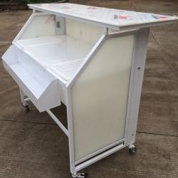 ... China Acrylic Outdoor Folding Portable Bar Counter With Wheels For Sale