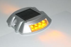China Iluminación activa de 4 del LED del camino reflectores solares del perno prisionero con la batería del león 8 años de vida de servicio on sale