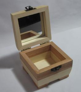 Delicate Rectangle Wooden Gift Boxes Small Solid Wood Jewelry