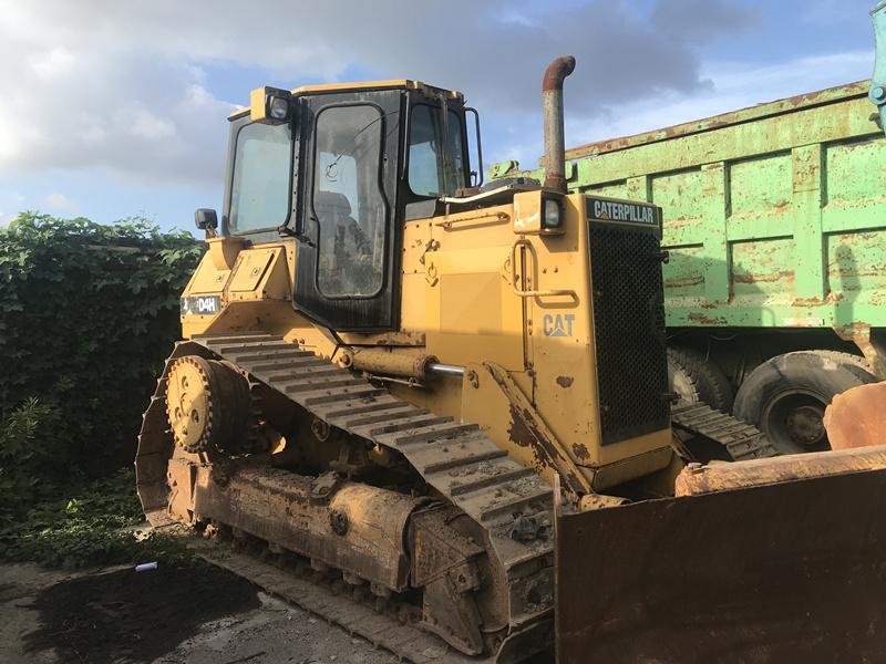 Pat Blade Used Caterpillar Bulldozer D4h Cat 3204 Engine Powershift