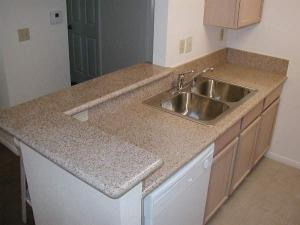 China Kitchen Top,Kitchen Counter Top& Vanity Tops,Yellow(Beige) Counter Top,Granite Tops,Granite Tile&Slab on sale