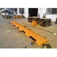 China 3 Meter lenght check point tire spikes highest level security Q235 steel frame on sale