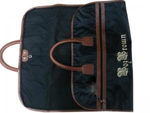 China Borbrown 75g Unwoven Fabric Dress Bags, Mens Suit Garment Bag  With Embroidery LOGO on sale