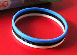 China 3 Strips Football Fans Custom Silicone Rubber Wristbands Easy To Carry supplier