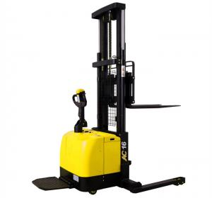 China Wide Legs1.6 Ton Electric Pallet Stacker Forklift 280AH Battery Charged on sale