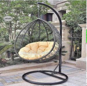 China Outdoor Garden Rattan Hanging Swing Chair With Cushion Comfortable on sale