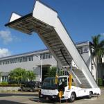 Diesel Engine 5800mm Width 45km/hr Aircraft Passenger Stairs