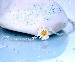 China Daisy charm 925 sterling silver rolo chain bracelet, sterling silver jewelry on sale