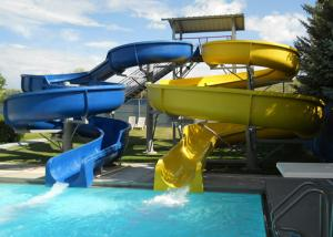 China Custom Spiral Pool Slide Entertainment Equipment For Water Sport Games on sale
