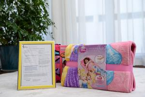 China Coral Fleece Mat / Throw / Pillow Set Luxury Home Textiles Disney Fabric Art on sale