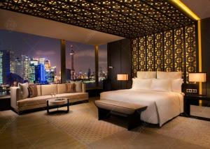 China Luxury Apartment Furniture Sets / Wooden Hotel Style Bedroom Furniture on sale