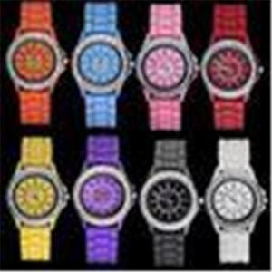 China Promotional Rhinestones Bezel Silicone / Rubber Wristband Quartz Water Proof Wrist Watch on sale