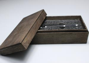 China Small Wood Gift Packaging Boxes With Lining , Personalised Wooden Gift Box With Hinged Lid on sale