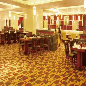 China Fashion Patternned Axminster Wall To Wall Carpets For Commercial Public Area on sale